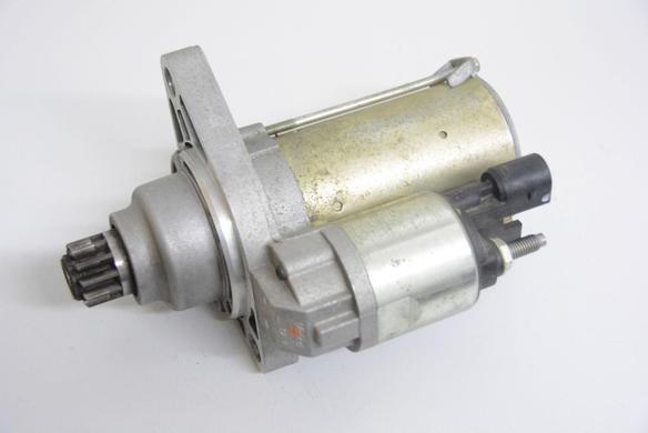Original VW Golf 6 5K1 Anlasser Starter Valeo 12V 0AM911023T